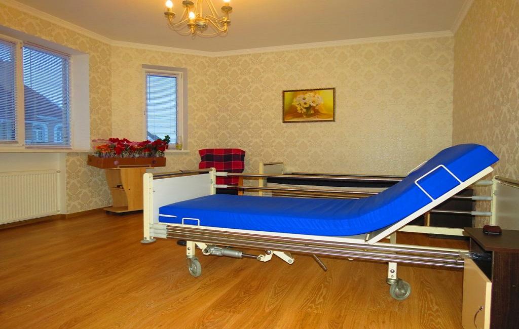 Дом престарелых в Киеве – Времена Года